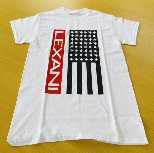 LEXANI US white red Tシャツ